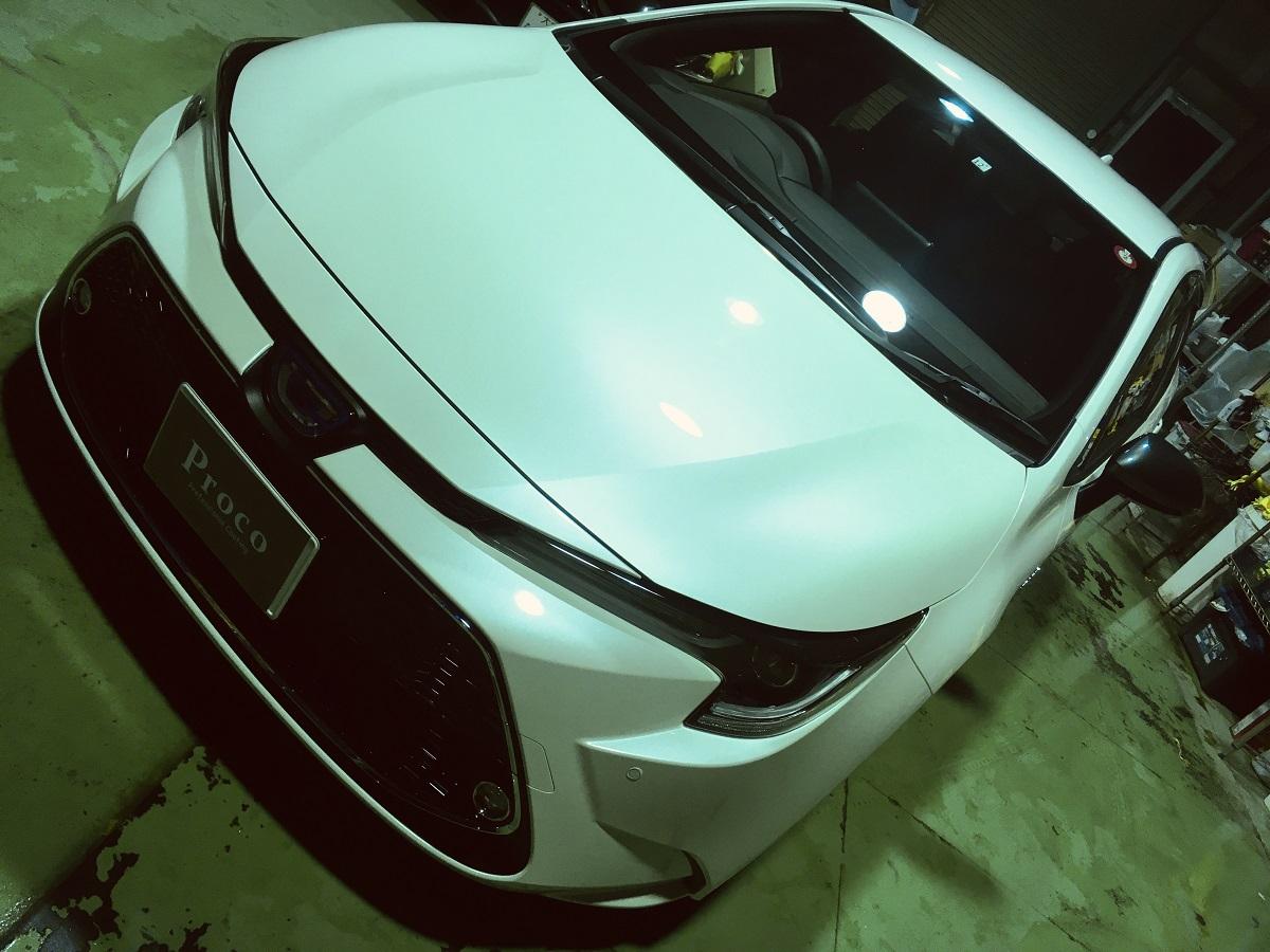 トヨタ カローラツーリング アストロン